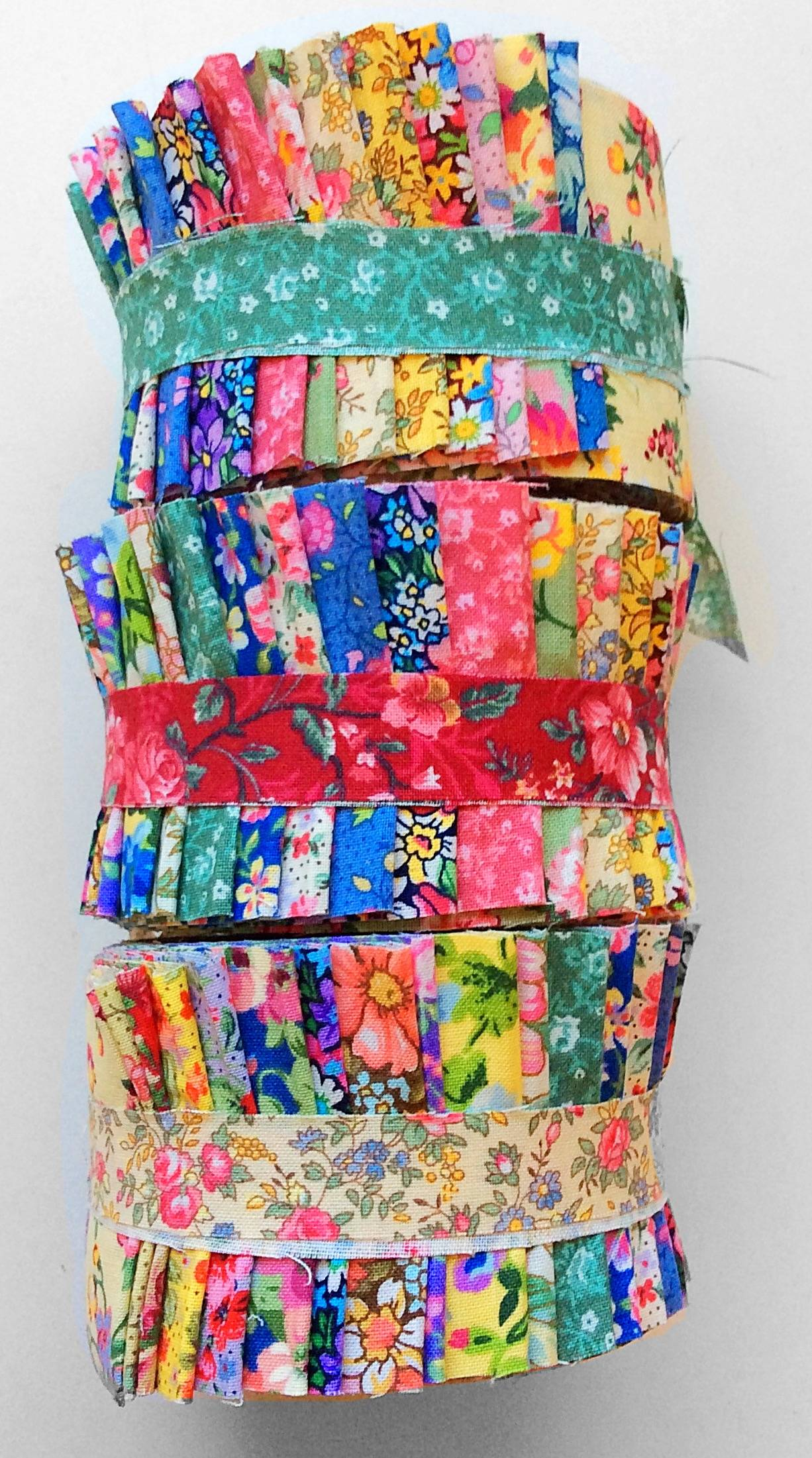 Light Colorful Vintage Bouquet 2 5 Quot Jelly Roll Fabric
